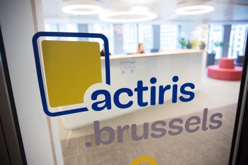 Les entreprises flamandes recrutent des Bruxellois: '23.000 postes sont disponibles'