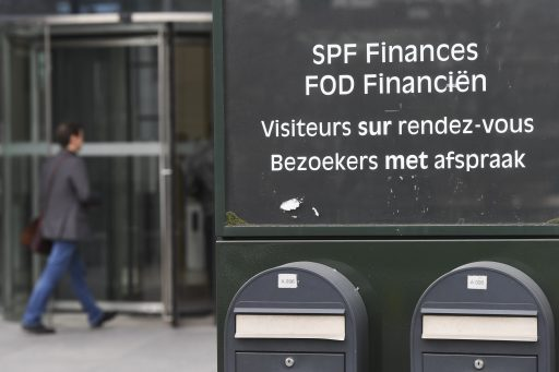 Protection des données: 'Les autorités fiscales ne peuvent pas recevoir automatiquement le solde de votre compte bancaire'