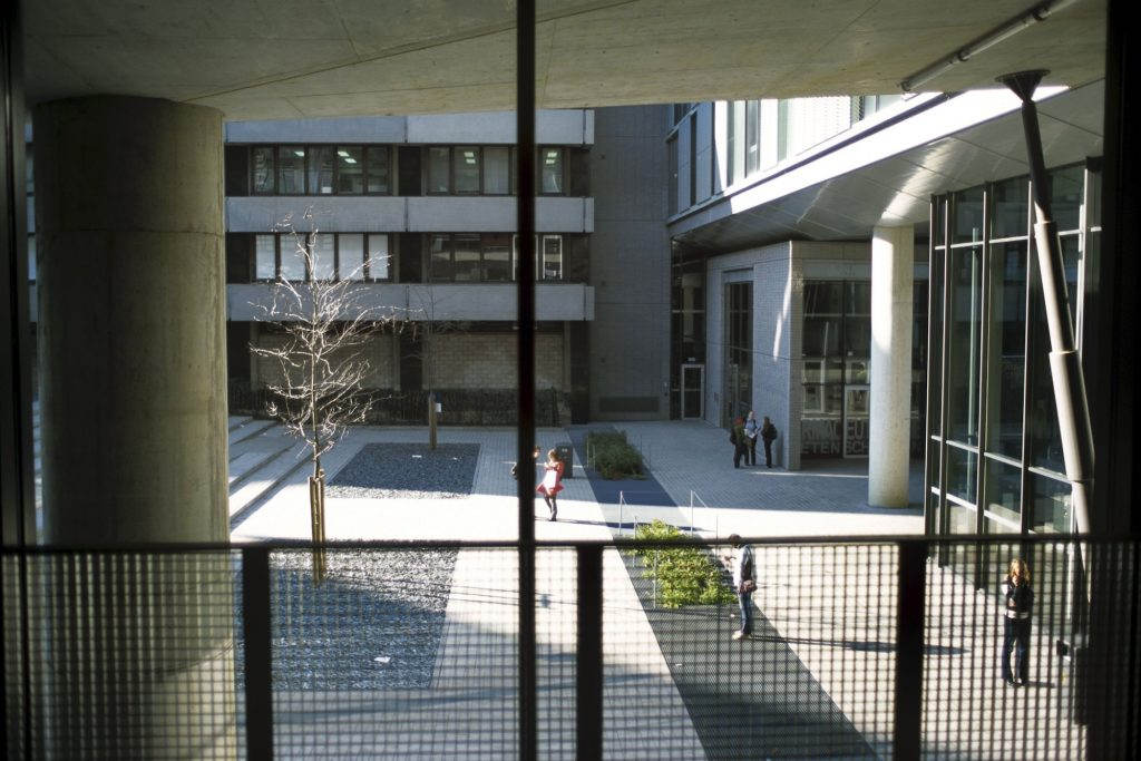 KU Leuven en UHasselt schakelen over naar code rood