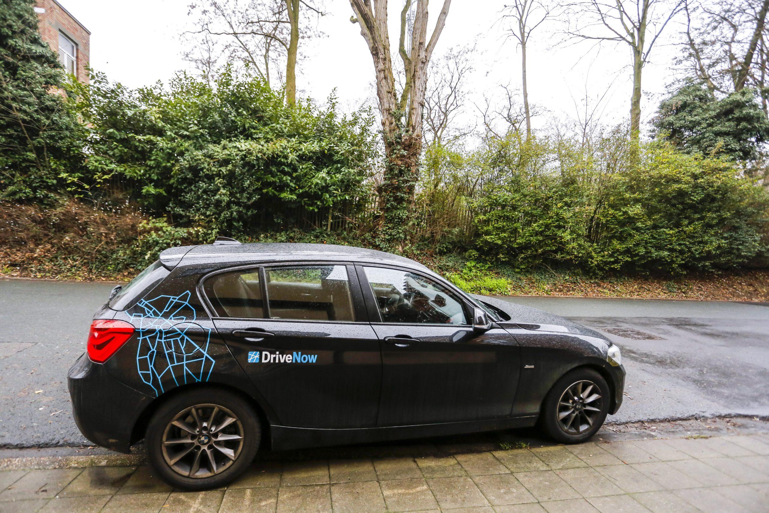 Een DriveNow-auto in Brussel. - Isopix