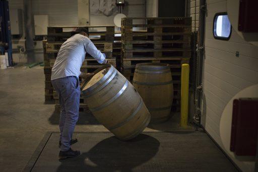 Distillatiekoorts in Frankrijk: vraag om overtollige wijn te distilleren  bijna dubbel zo groot als verwacht
