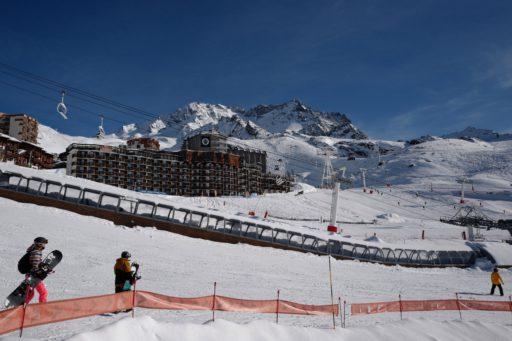 Ski en France: voici pourquoi les remontées mécaniques ne devraient pas rouvrir en février