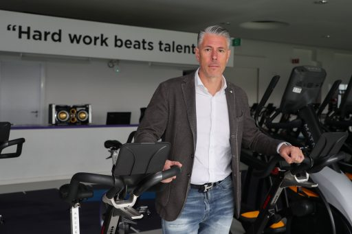Herschikking van het kapitaal bij Sporting Anderlecht: rijkste Belg verkoopt belang, Michael Verschueren wordt incontournable in raad van bestuur