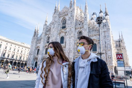 France, Italie, Allemagne… Les contaminations flambent, les restrictions se multiplient