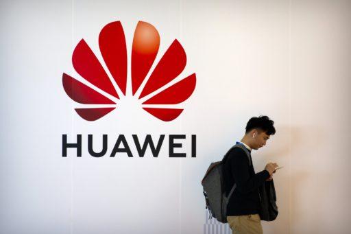 'Marktaandeel van Huawei keldert in 2021'