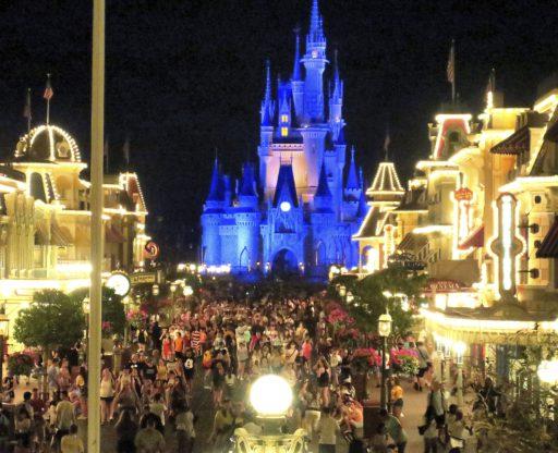 Disney stuwt Amerikaanse beurzen omhoog