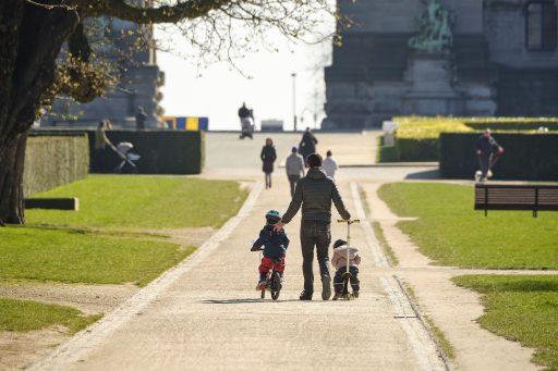 Être payé pour se promener ? C'est désormais possible grâce à une application qui débarque en Belgique
