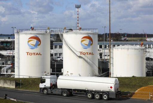 Shell et Total dépensent encore 90% vers les fossiles, malgré leurs beaux mots
