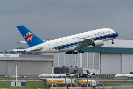 Ongelimiteerde vliegabonnementen moeten Chinese luchtvaart herlanceren