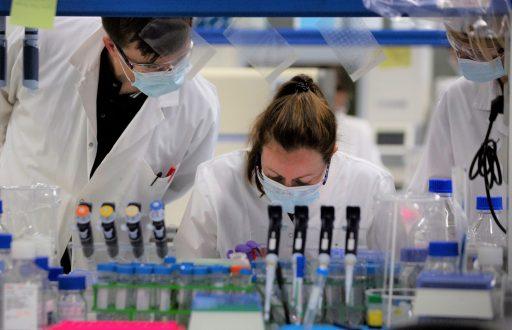 La science planche déjà sur des vaccins 'améliorés': cette découverte pourrait bien leur donner un gros coup d'accélérateur