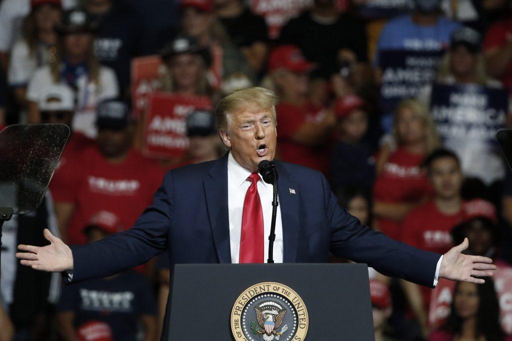 Le président Donald Trump s'exprime lors d'un rassemblement de campagne à Tulsa, le samedi 20 juin. (AP Photo/Sue Ogrocki)