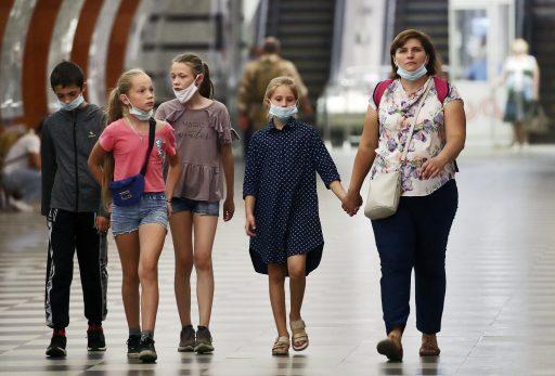 Wat betekent de langdurige sluiting van scholen door de pandemie voor het inkomenspotentieel van onze kinderen?
