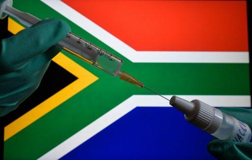 Vaccin inefficace et multiples réinfections: vives inquiétudes autour du variant sud-africain du Covid-19