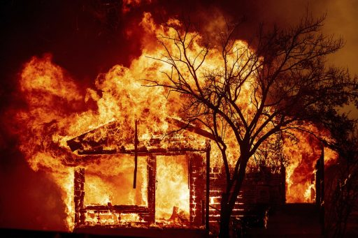 En Californie, feux de forêt et coronavirus modifient le luxe des riches villas