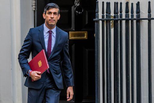 Britten die minder kunnen werken door corona, krijgen loon bijgepast door overheid