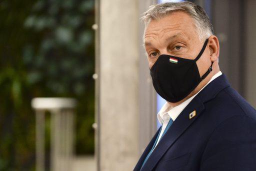 La Hongrie devient le premier pays de l'UE à approuver le vaccin russe