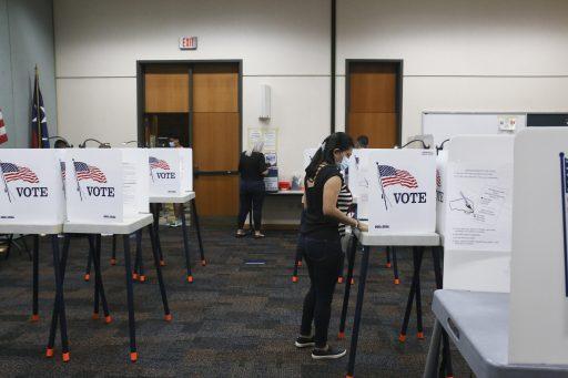 Le seul sondage qui avait prédit sa victoire sur le collège électoral en 2016 : 'Le chemin vers les 270 électeurs est grand ouvert pour Trump'