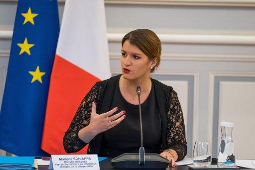 Pour combattre le 'cyber-islamisme', la France lance une 'unité de contre-discours républicain sur les réseaux sociaux'