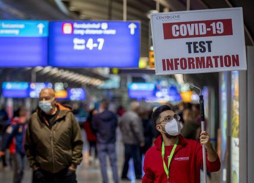IATA-baas: 'EU-akkoord over sneltests in alle luchthavens en opheffing quarantaine voor passagiers mogelijk al deze maand'