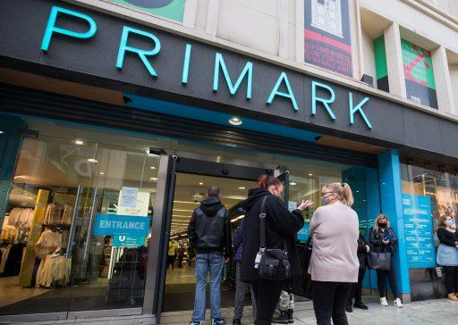 Primark ouvre des magasins 24h/24: une solution radicale pour faire face aux pertes liées au confinement