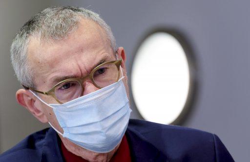 Frank Vandenbroucke réfléchit aux manières d'accélérer la vaccination