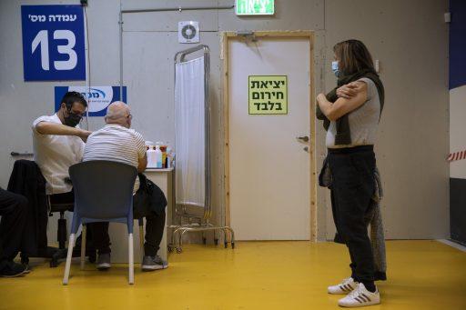 Golf van infecties in Israël dempt optimisme, enkele dosis vaccin 'minder effectief dan we dachten'