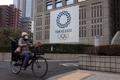 Le Japon face à une 3e vague: la prison est envisagée pour les contaminés qui refusent de se faire soigner