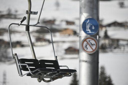 L'épidémie du plus dangereux variant dans une station de ski bien connue au Canada montre que sports d'hiver et Covid ne font pas bon ménage