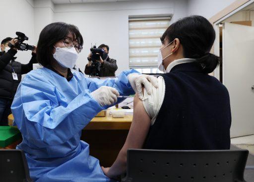 Zuid-Korea onderzoekt dood van twee personen die AstraZeneca-vaccin kregen