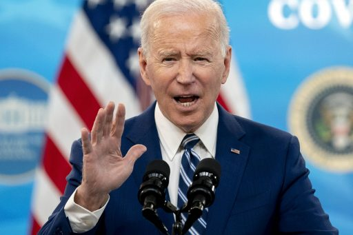 Le président Biden face à un dilemme cornélien: que faire des vaccins AstraZeneca américains ?