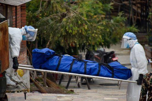Onderrapportage: 'Wereldwijd dubbel zoveel coronadoden als gedacht'