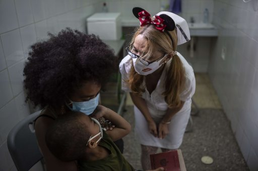 Cuba verwelkomt opnieuw toeristen en dat is te danken aan hun zelfgemaakt coronavaccin