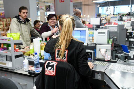 Delhaize sluit winkels uur vroeger op vrijdag: 'Problemen met verbod alcoholverkoop na 20 uur vermijden'