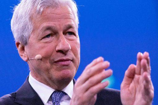 Le CEO de JPMorgan: 'Plus d'impôts pour les riches, mais pas sur les fortunes'