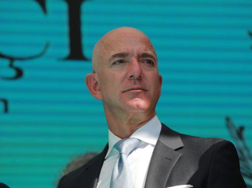 Jeff Bezos gagne en une seconde ce que le travailleur américain moyen gagne en un mois