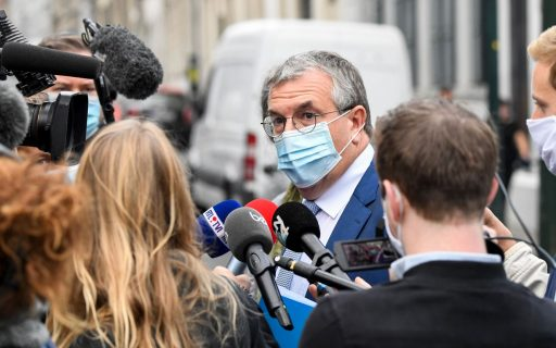 Franstalige minister-president Jeholet roept op tot snel Overlegcomité over soepelere coronaregels