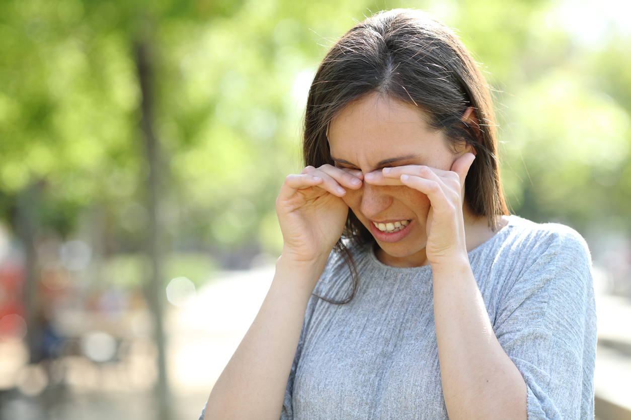 Paupières qui démangent : 5 causes possibles