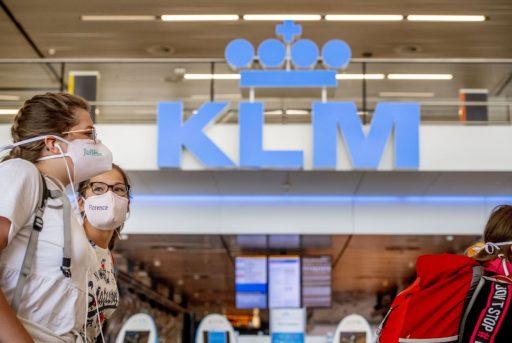 Alors que les compagnies aériennes coulent lors de la 2e vague, KLM voit des opportunités