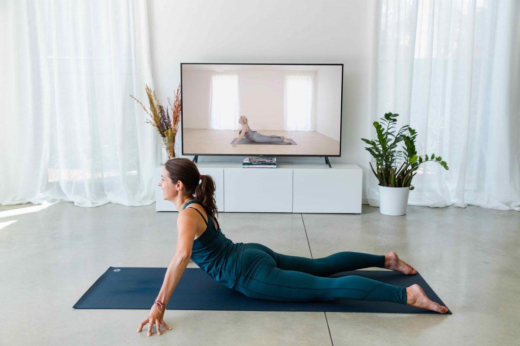 Fit in je kot: nieuw online platform groepeert yoga-, meditatie- en healinglessen van 15 coaches
