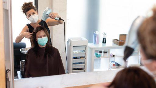 Kappers en schoonheidsspecialisten hebben geen boodschap aan 'covid safe'-voorstel