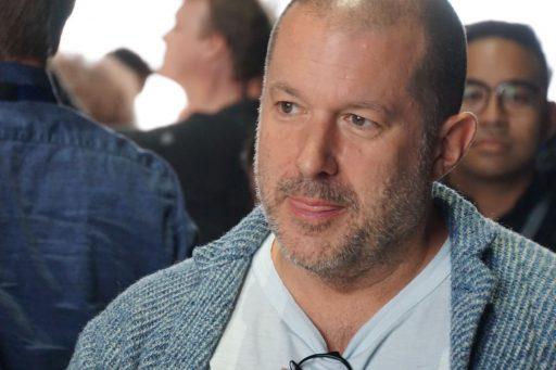 Legendarisch Apple-designer Jony Ive gaat aan de slag voor Airbnb