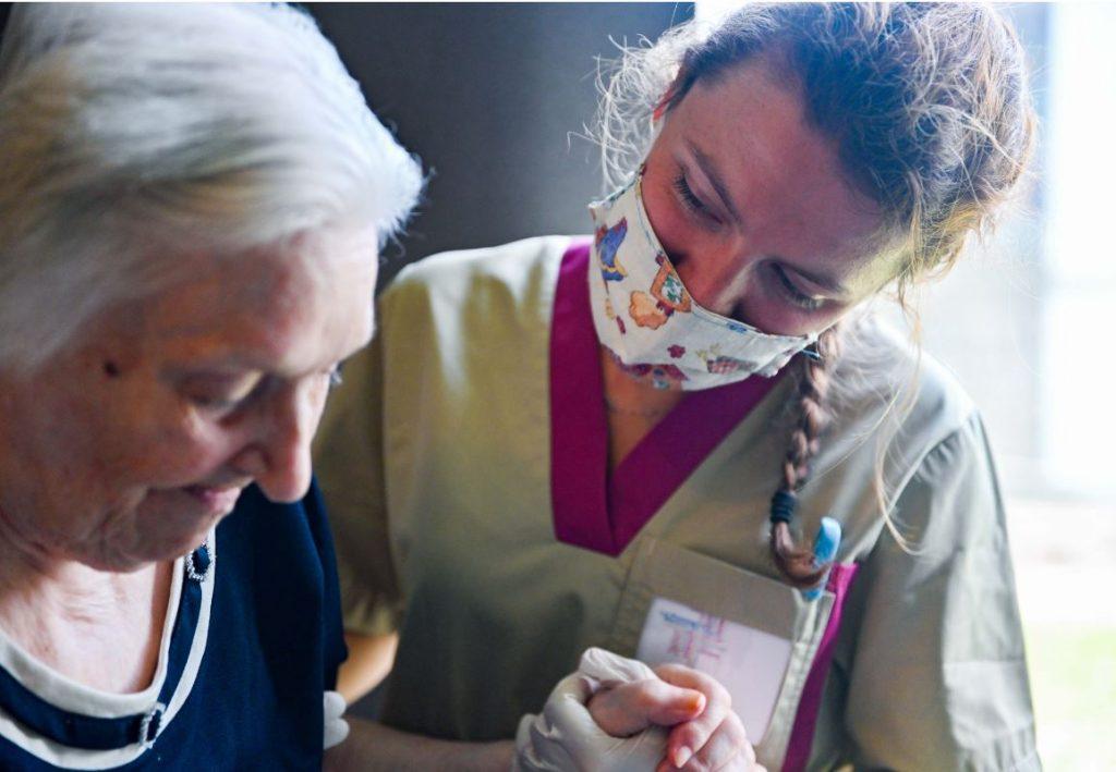 Vlaams woonzorgpersoneel krijgt 6 procent opslag
