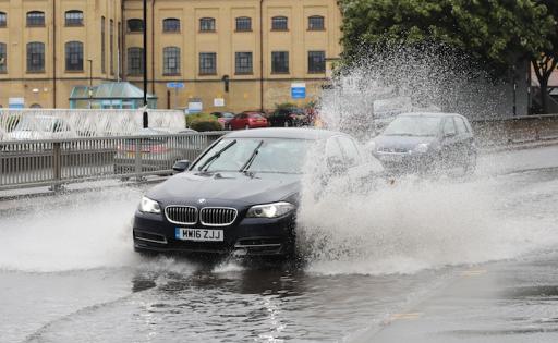 BMW heeft binnenkort autobanden die kwaliteit van het wegdek analyseren voor bestuurder