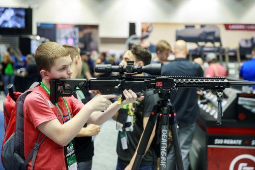 Depuis mars, le business des armes vole de record en record aux États-Unis