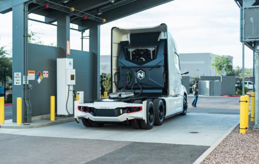 Nikola wil Europees netwerk laadstations voor vrachtwagens op waterstof