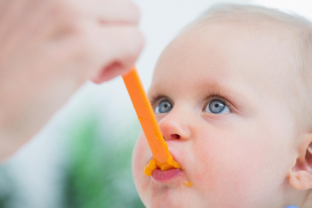 Votre enfant goûte-t-il vraiment ce que vous lui donnez ?