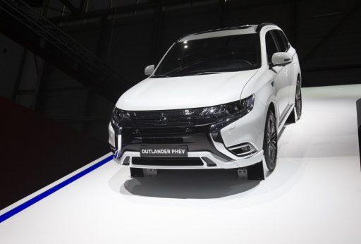 Hybride auto's vervuilender dan gedacht. 'Stop met de subsidies', zegt milieukoepel