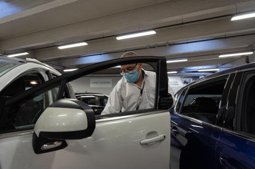 Coronacrisis dwingt moederbedrijven van Peugeot en Fiat tot aanpassing fusieplannen