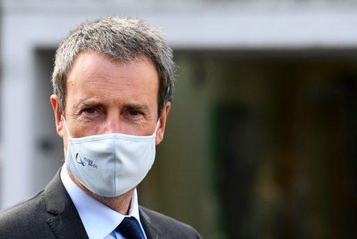 Overheid raadt af mondmaskers van de overheid te dragen: 15 miljoen stuks van verdeler Avrox mogelijk onbruikbaar