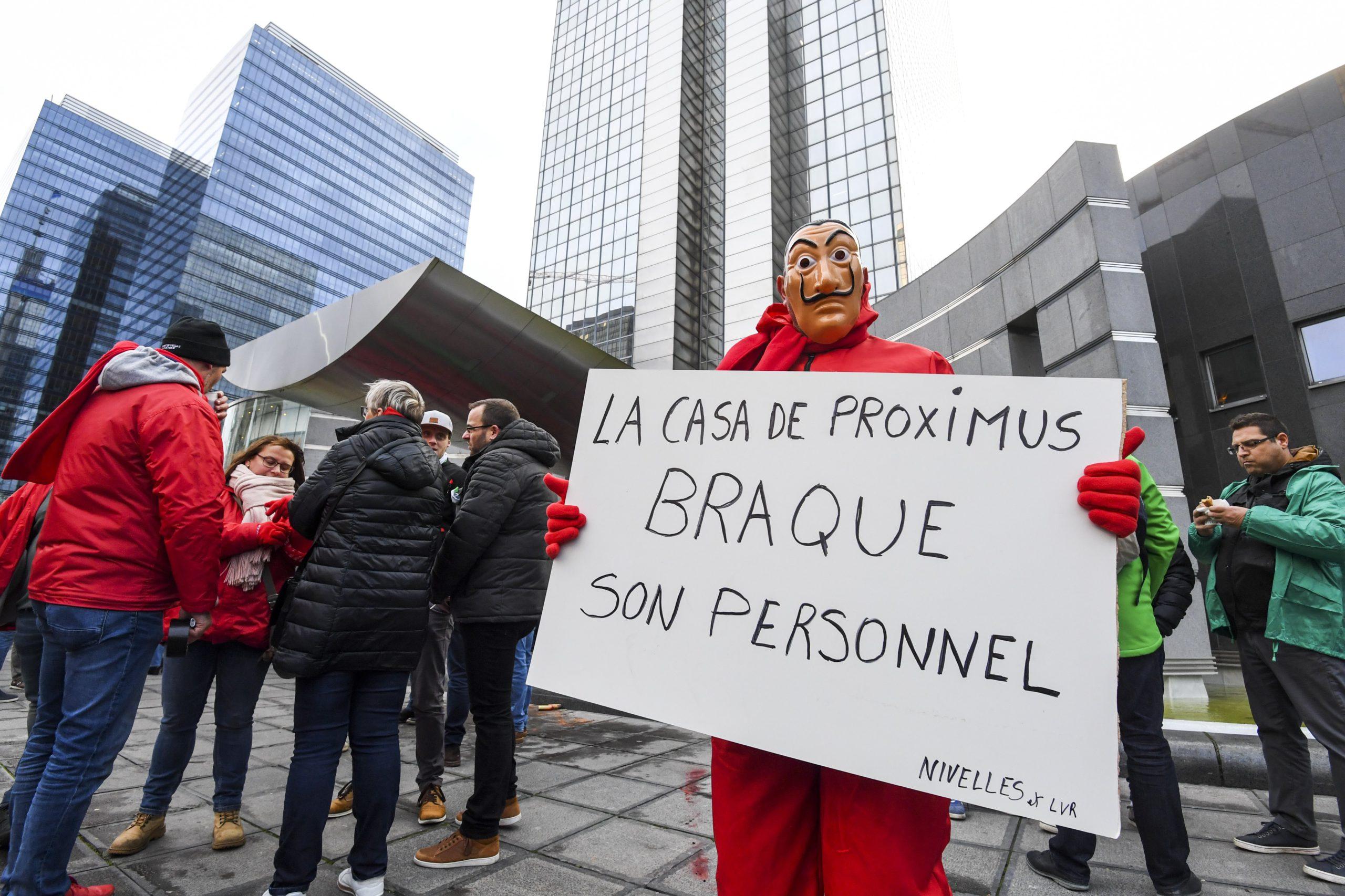 Les syndicats ont noté les ajustements et la disposition de la direction de l'opérateur Proximus, à l'issue d'une réunion de concertation entre les deux parties jeudi.